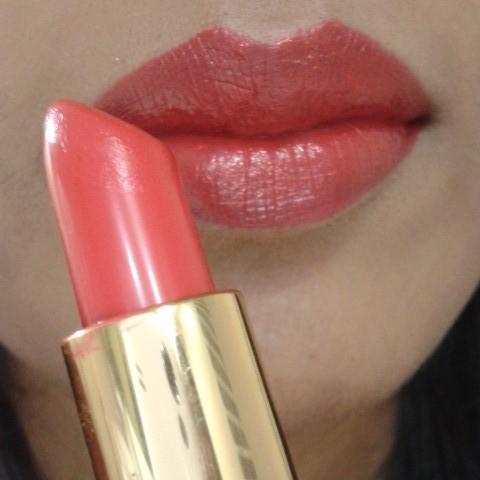 Revlon Super Lustrous Creme Lipstick Fire & Ice LOTD