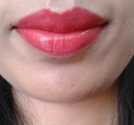 Revlon Super Lustrous Creme Lipstick -Fire & Ice LOTD