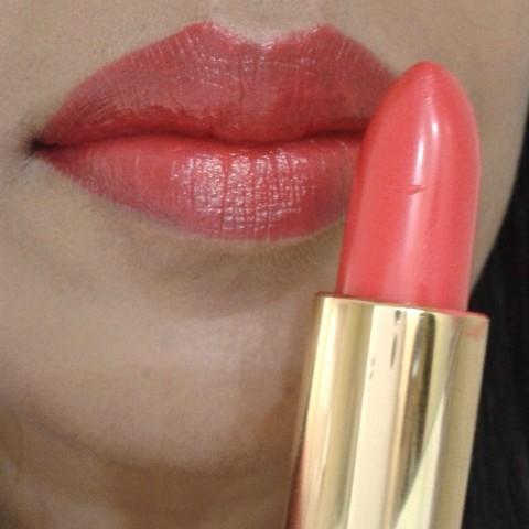 Revlon Super Lustrous Lipstick Fire & Ice LOTD