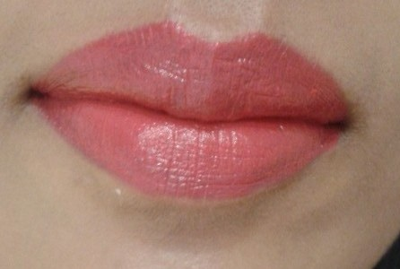 Revlon SuperLustrous Lipstick Love That Pink LOTD