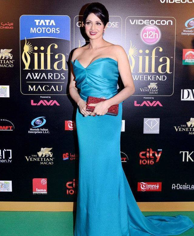 Sridevi @ IIFA Awards 2013 - Teal Gown