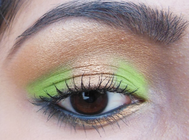 Eye-Makeup-O-Mania- Gold and Green Eye Makeup 3