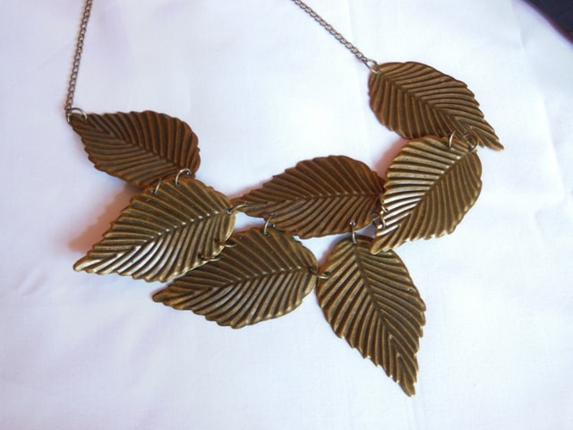 Leaves Neck Piece