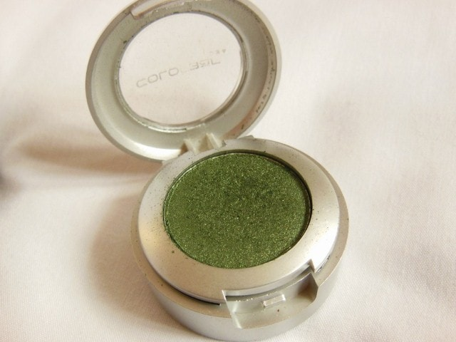 Monthly Favorites - Colorbar Single Eye Shadow Green Stroke