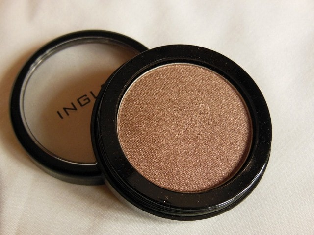 Monthly Favorites - INGLOT Eye Shadow Pearl #425