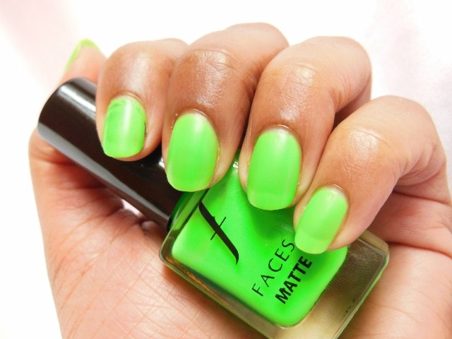 Faces Neon Matte Nail Enamel Greed Swatch 2