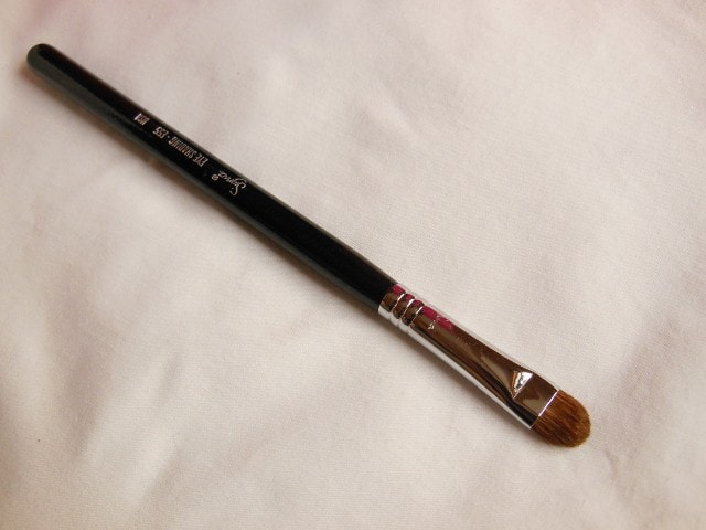 SIGMA Eye Makeup Shading Brush E55 Review