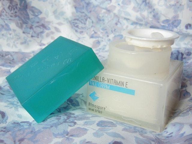 The Nature's Co. Vanilla Cream