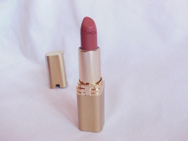L'Oreal Paris Color Riche Lipstick Tender Pink Review