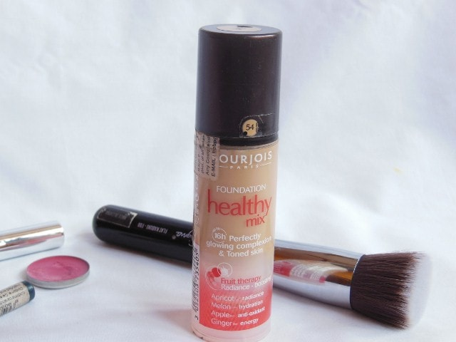 Monthly Makeup Favorites February 2014 - Bourjois Healthy Mix Foundation