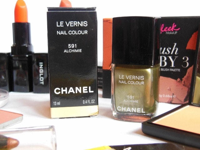 February Makeup Haul - CHANEL Le Vernis Nail Color Alchimie