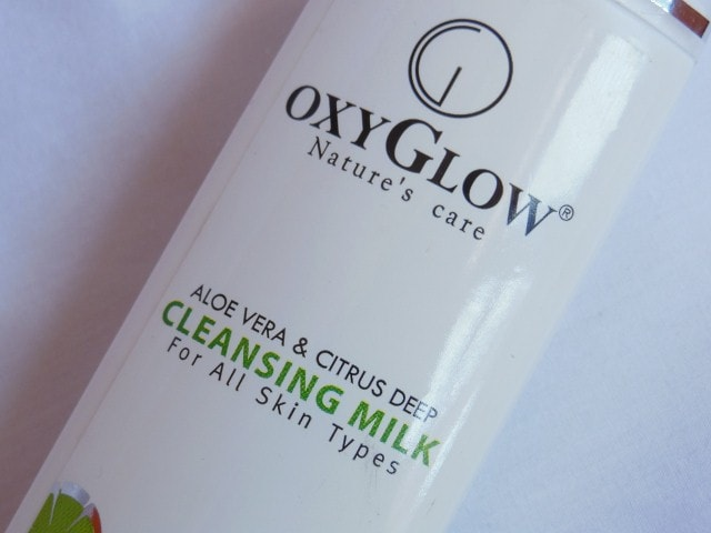 OxyGlow AloeVera  and Citrus Deep Cleansing Milk