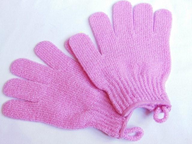 The Body Shop Bath Exfoliation Gloves Review