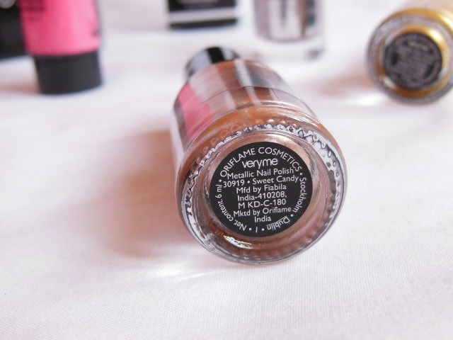 Oriflame very Me Metallic Nail Paint - Sweet candy Review 1