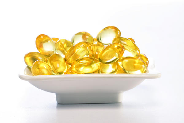 10 Beauty Benefits of Vitamin E Oil