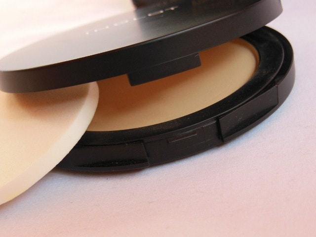 INGLOT Pressed Powder 15 Packaging