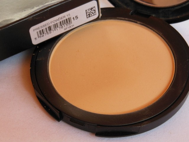 INGLOT Pressed Powder in shade 15