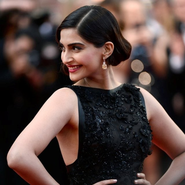 Sonam Kapoor at Cannes 2014 in Elli Saab