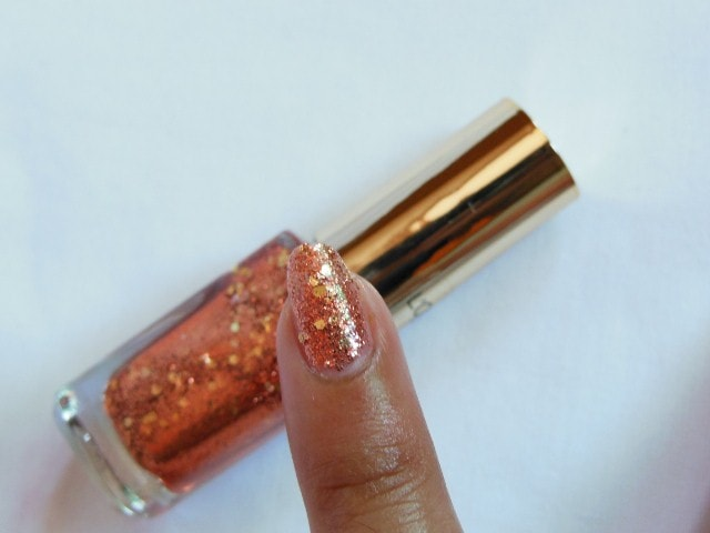 L'Oreal Color Riche Le Vernis Copper Cuff 821 Swatch 2 coats