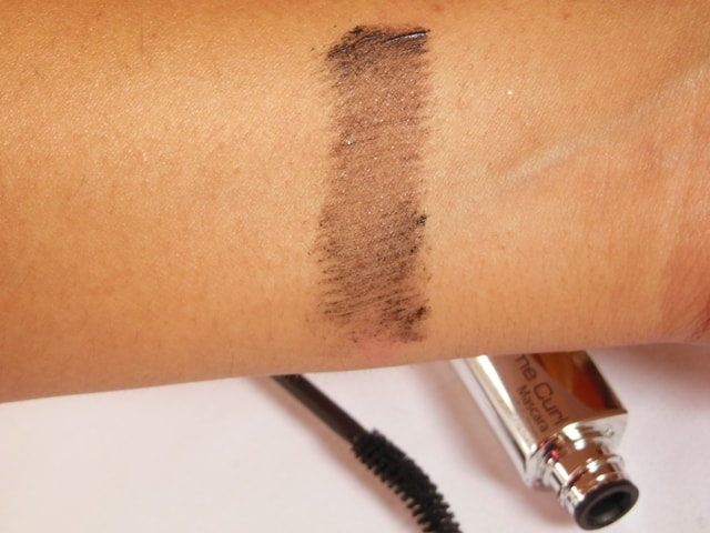 MAkeup Academy MUA Professional Extreme Curl Mascara Black Brown swatch