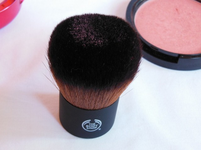 The Body Shop Extra Virgin Minerals Kaubki Brush