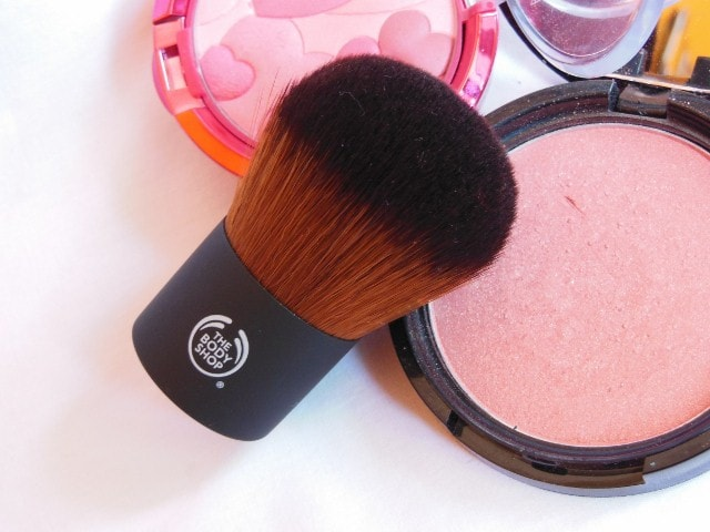 The Body Shop Powder brush Review