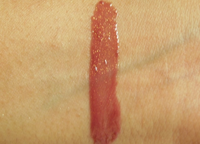 Maybelline Glam 16 Lip Polish Swatch