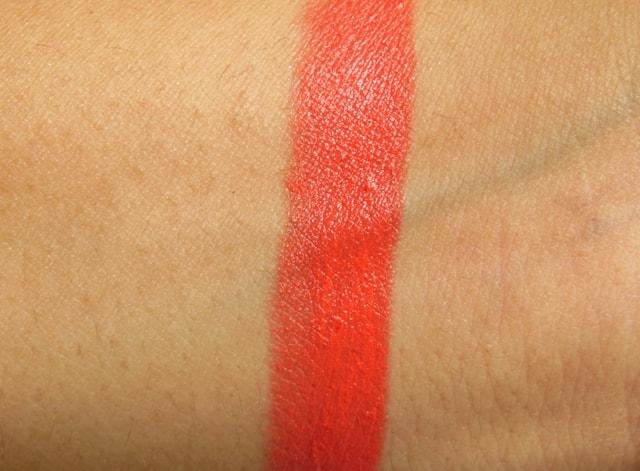Revlon Colorburst Matte Balm Audacious Swatch