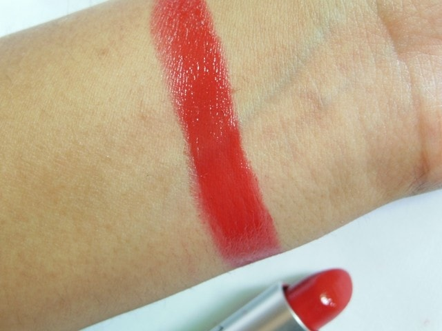 MAC Lustre Lipstick Lady Bug Swatch 2