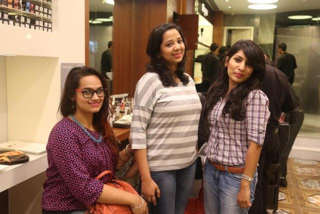 Bloggers at Geetanjali Salon