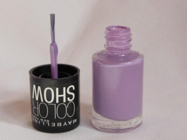 Maybelline Colorshow Nail Paint - Blackcurrant Pop