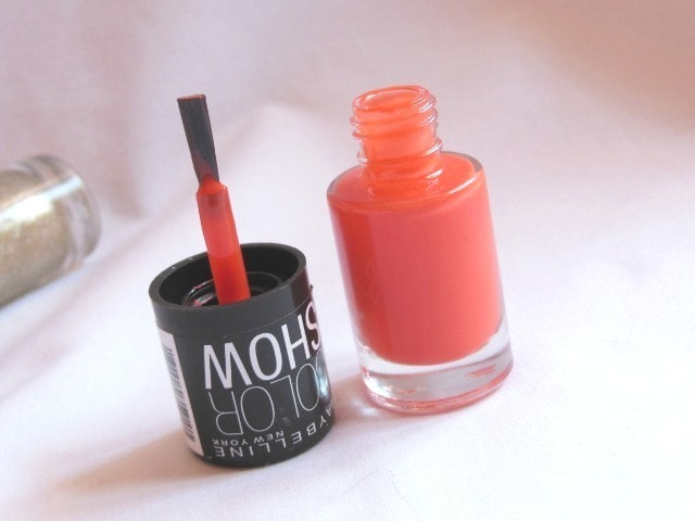 Maybelline Colorshow Orange Fix Nail Paint