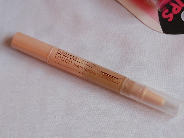 Maybelline Dream Touch Lumi Highlighting Concealer Review