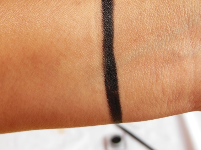 Maybelline New Gel Eye Liner Black Swatch