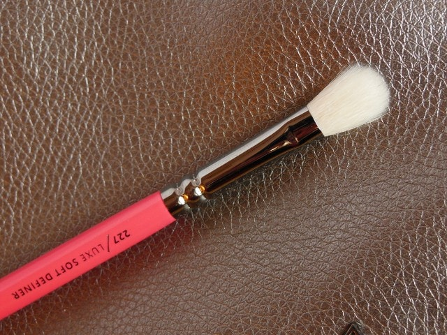 Zoeva 227 Soft Definer Eye Brush
