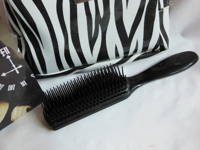 Fab Bag April 2015- Denman Hair Brush