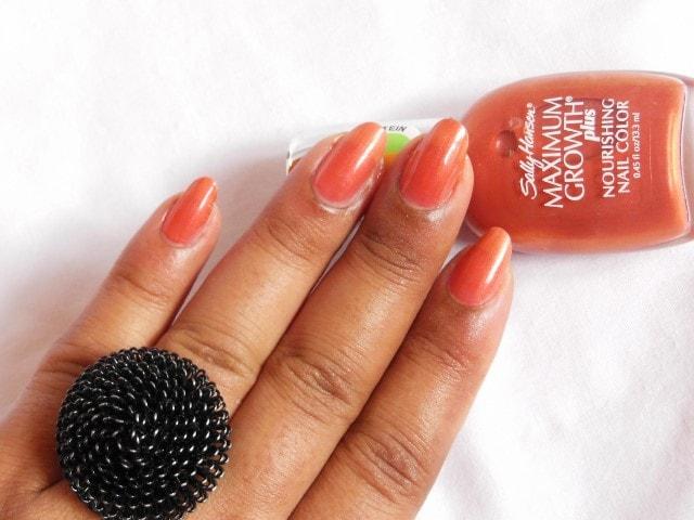 Sally Hansen Maximum Growth Nourishing Nail Color Practical Plum NOTD