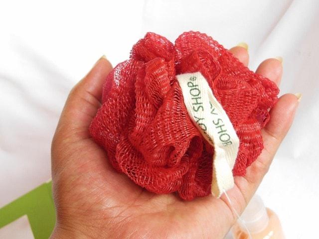 The Body Shop Strawberry Bath Lily