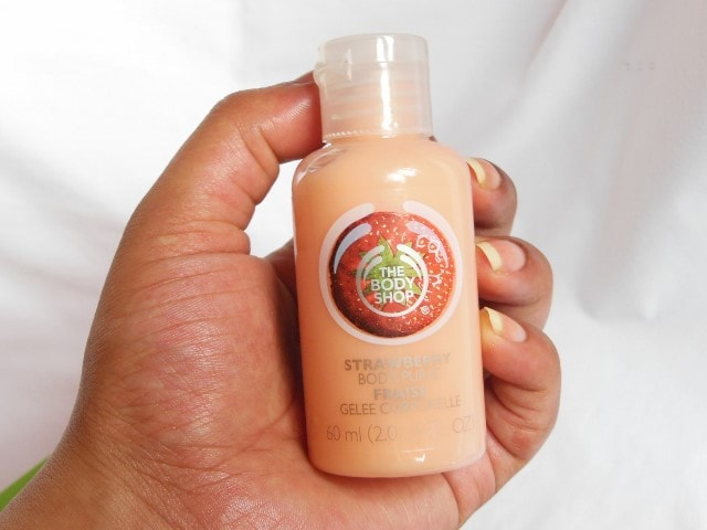 The Body Shop Strawberry Shower Gel and Body Puree Review