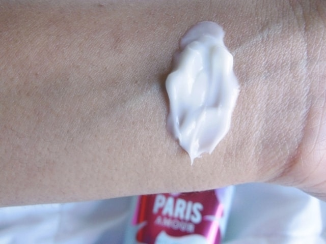 Bath and Body Works Body Cream Paris Amour Swatch
