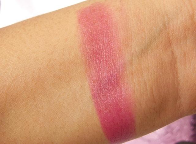 August fab Bag 2015- Fran Wilson MoodMatcher Lipstick Swatch