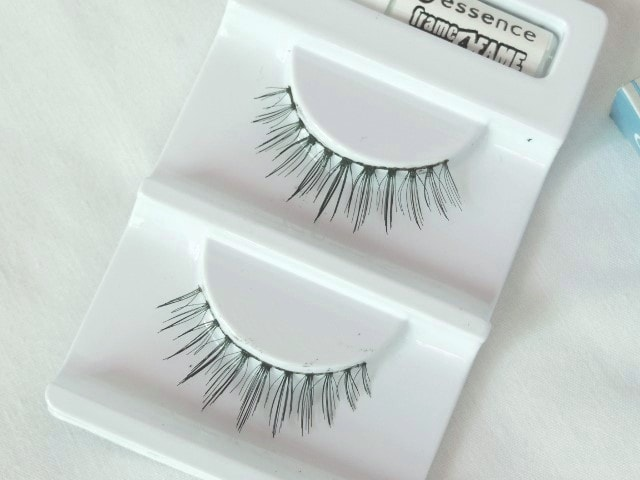 Essence Frame4Fame Lashes - Natural Effect Review