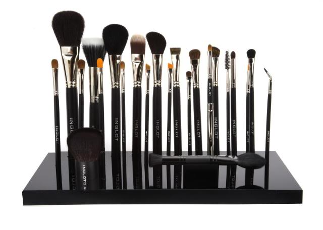 Makeup Brushes Brands in India- INGLOT