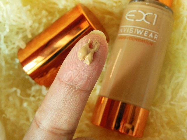 Ex1 Cosmetics Invisiwear Liquid Foundation Swatch