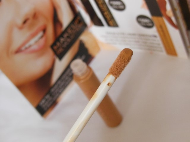 Makeup Revolution Focus & Fix Liquid Concealer Applicator
