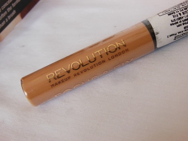 Makeup Revolution London Focus & Fix Liquid Concealer