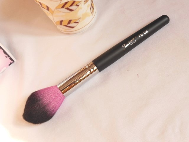 Sedona Lace Makeup Brush - Tulip Contour Brush FB 03