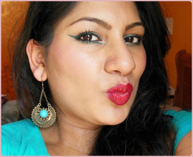 Easy Festive Makeup Look with Red Lips