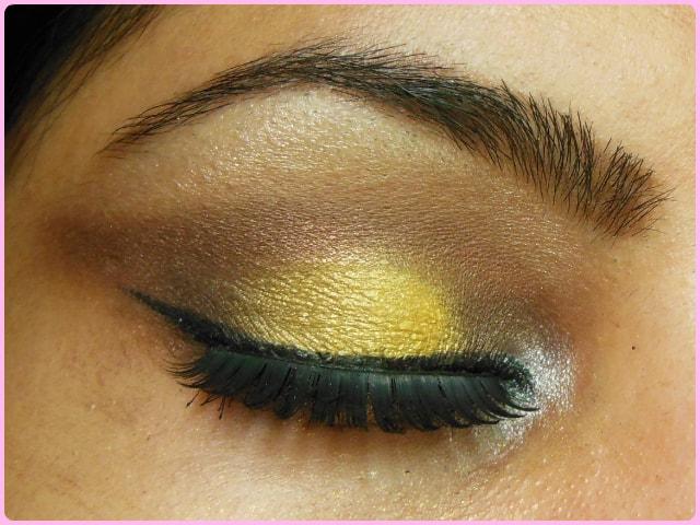 Smokey Yellow Eye Makeup Look