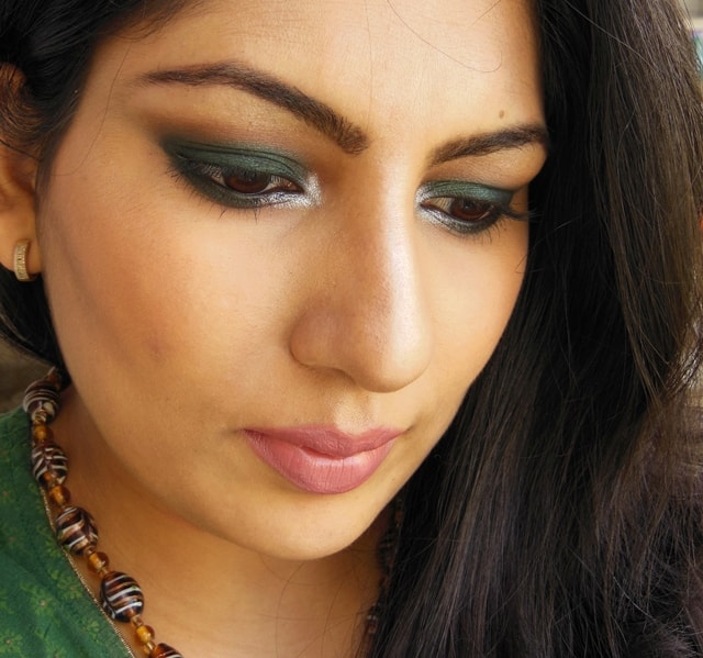 Dark Green Smokey Eye Makeup Face